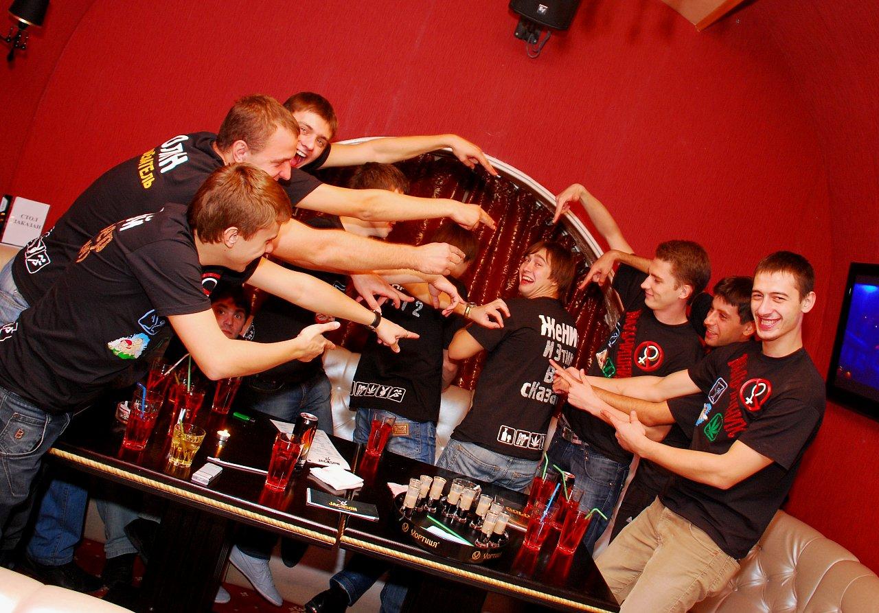 Фото закрытых вечеринок 21 фотография